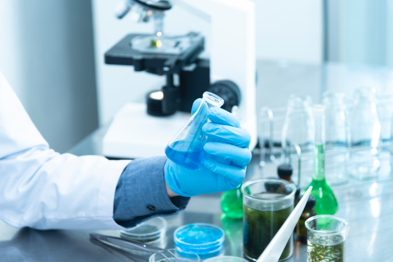 Meth testing laboratory picture